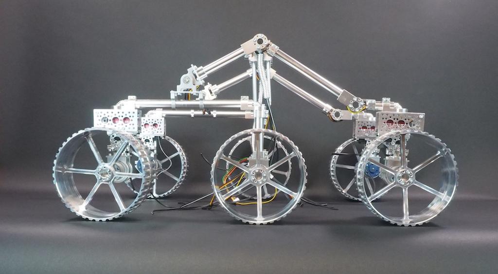 We're building a Lunar Rover !