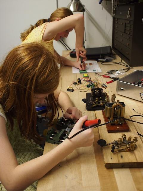 Working on wireless telegraph